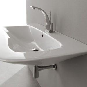 Установка навесной раковины в ванной